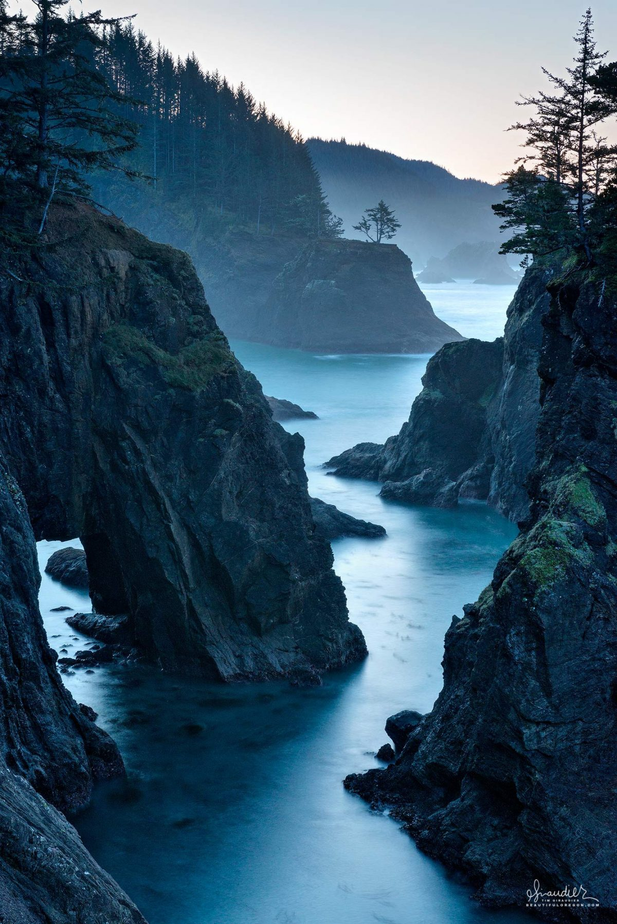 Natural Bridges Samuel H. Boardman State Scenic Corridor. Curry County, Oregon South Coast outdoors recreation.