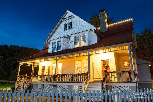 The Heceta Head Bed and Breakfast. Heceta Lighthouse, Devil's Elbow State Park. Lane County, Oregon Central Coast landscape photography.