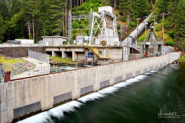 The 18 megawatt Slide Creek hydroelectric plant is operated by PacifiCorp as part of the greater North Umpqua Hydroelectric Project, Oregon.