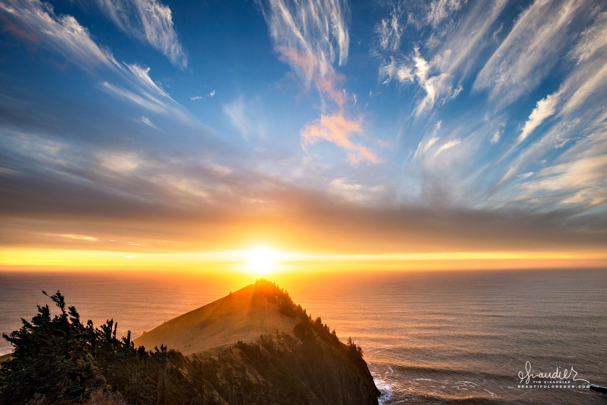 An incredible Cascade Head sunset along the beautiful Oregon North Coast. Tillamook County outdoor recreation. The Nature Conservancy.